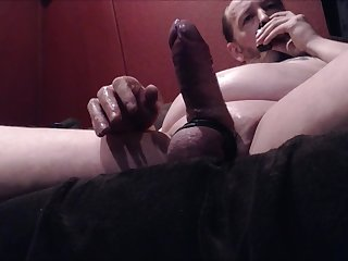 Mature dad love's to jerk off and sniff poppers